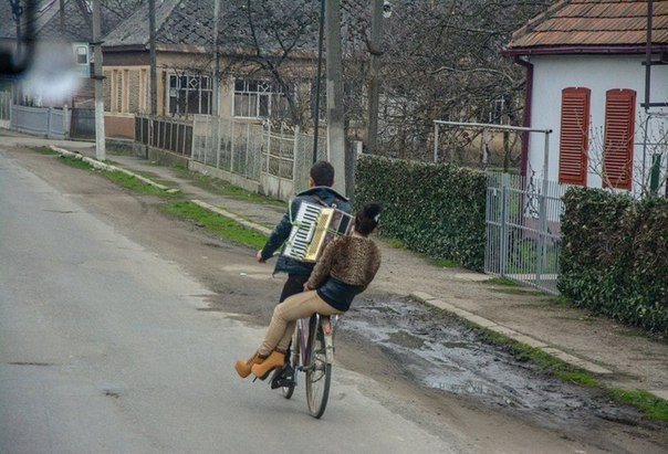Первый парень на деревне)