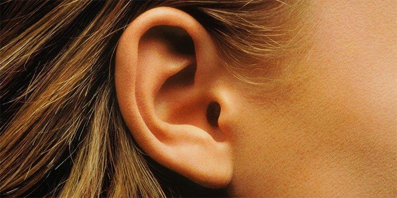 Какой знак предупреждает, что водитель глухой?