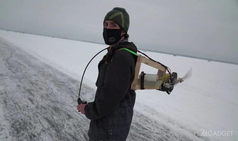 Канадский «Карлсон» создал установку с пропеллером для катания на коньках (3 фото)