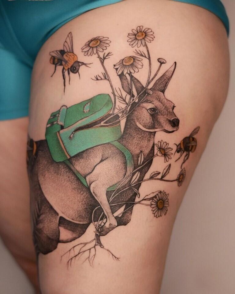 Польская тату-художница - мастер хипповских татушек