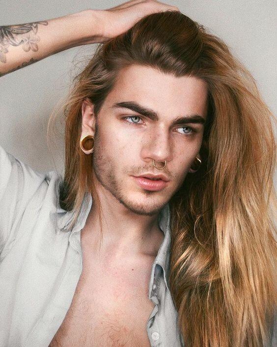 Красота илиужас: 25модных длинноволосых парней