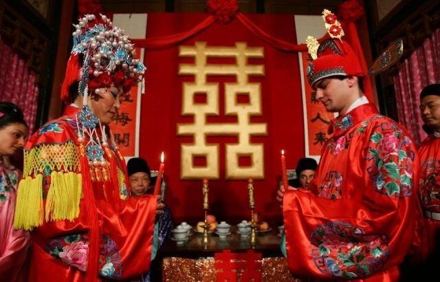Почему китайцы женятся напризраках