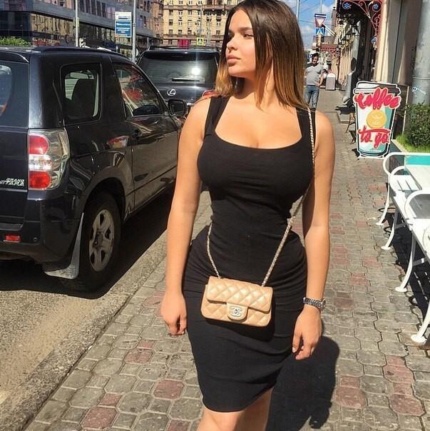 Идеальная женская фигура: тема, которая неизменно приводит кскандалам