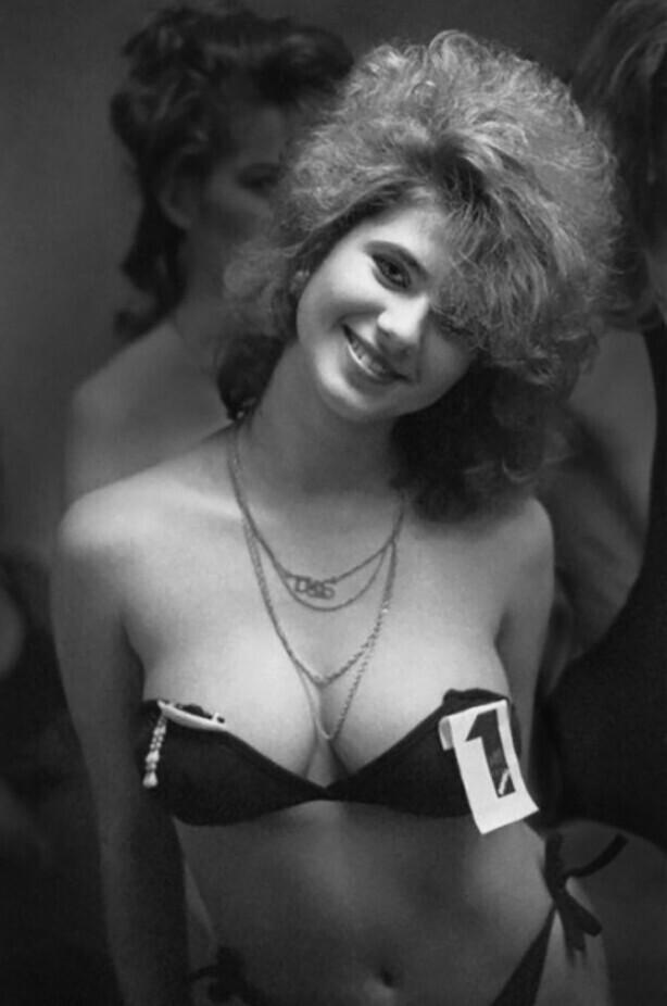Красота, которая вырвалась из-за железного занавеса: 20закулисных фото из90-х