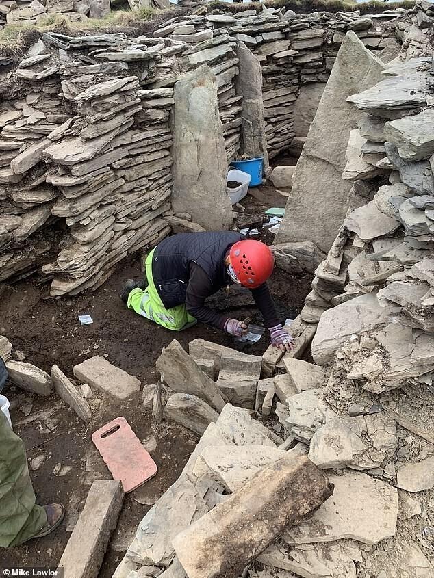 Вгробнице наОркнейских островах обнаружены полированные каменные шары возрастом более 4000 лет