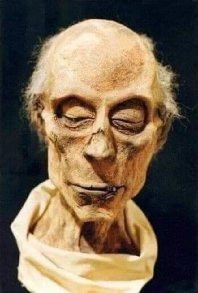 Реконструкция лица Рамсеса IIпомумии фараона спомощью искусственного интеллекта