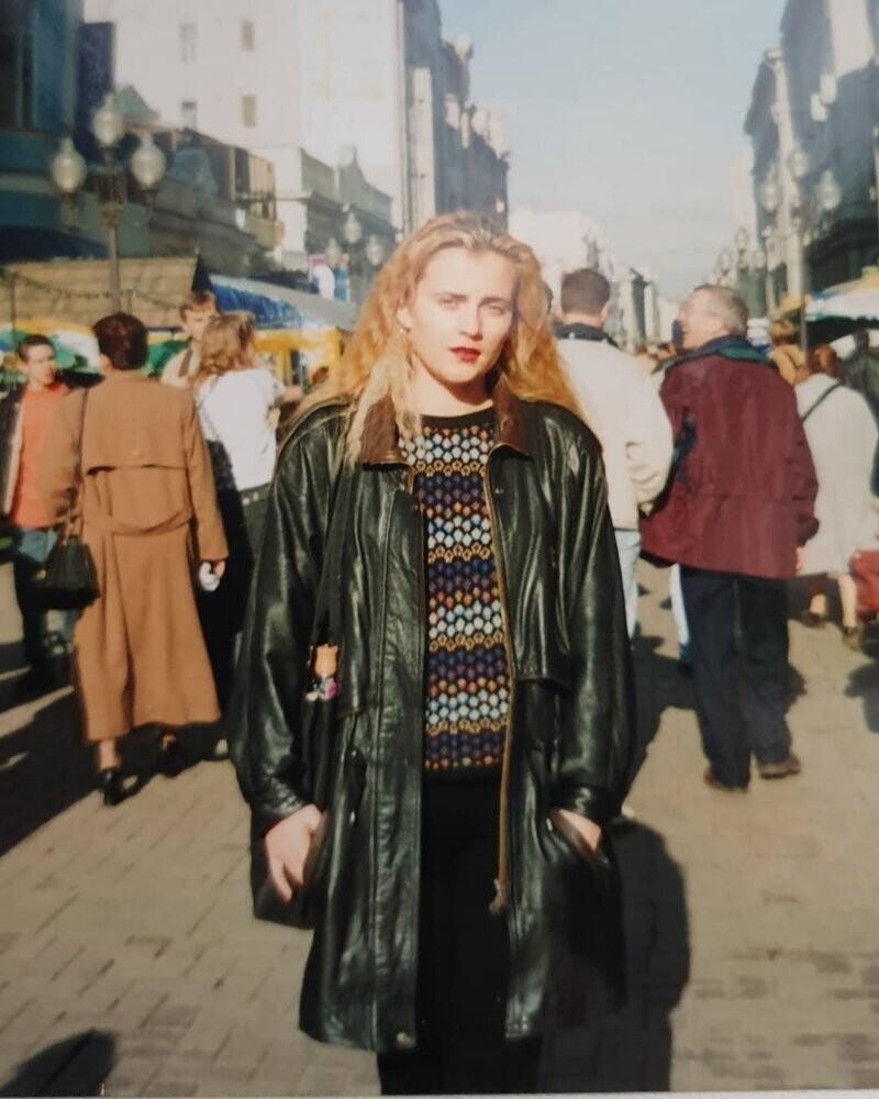 Красавицы времен красных пиджаков: ностальгия поначесам, лосинам ипрочему кошмару 90-х