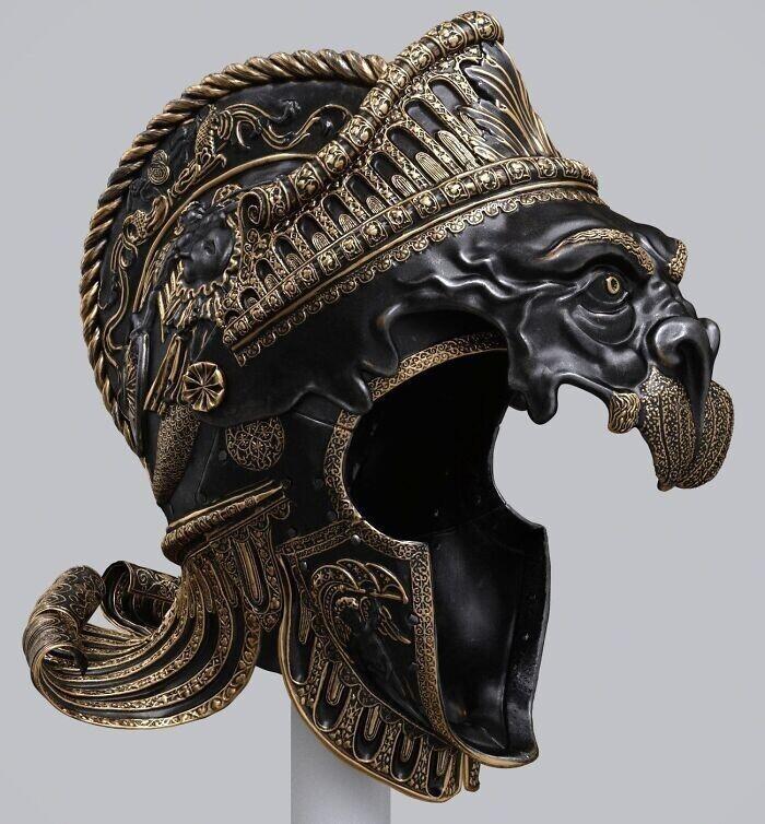 "39. Бургонет (бургундский шлем) Карла V ""Парад Немейских львов"""