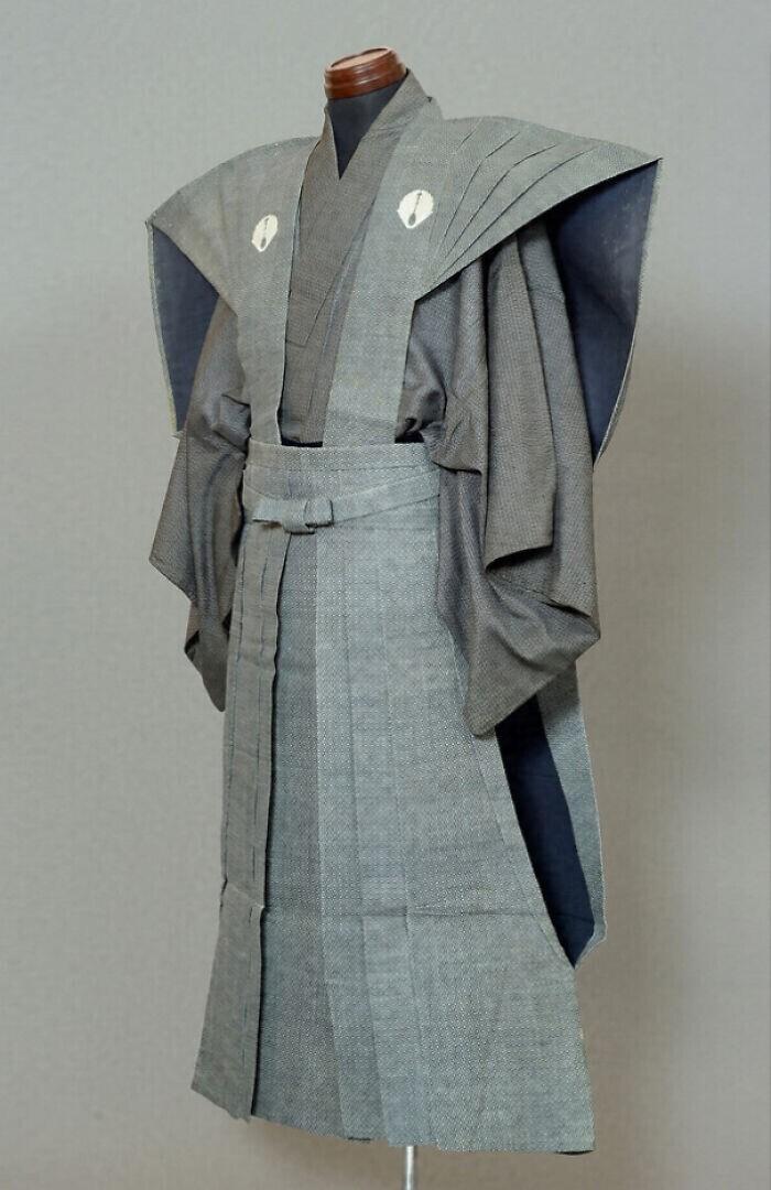 44. Официальный наряд одного из последних даймё (элита среди самураев). Япония, период Эдо, ок. 1830 г.
