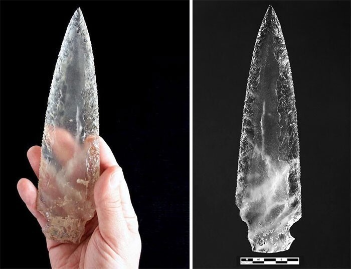 19. Хрустальный наконечник копья, найденный в мегалитической гробнице возрастом 5000 лет в Испании